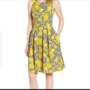 1901 NWT Gingham Dress Yellow Embroidery Size 18